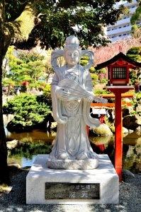 弁財天(平塚八幡宮)